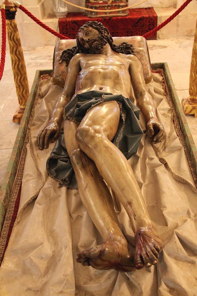 Visual-language - Cristo yacente de El Pardo